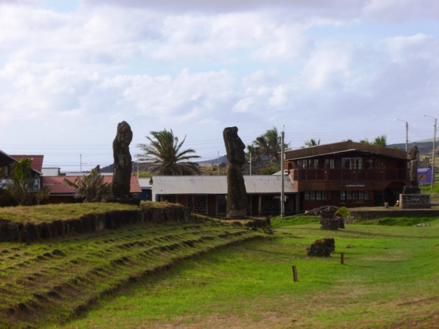 Peru and Easter Island 543