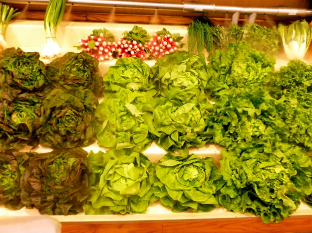 Rue Cler produce