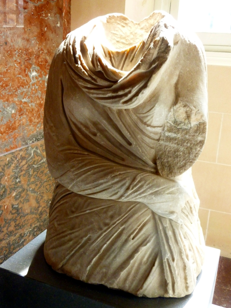 Bust at the time of Venus de Milo