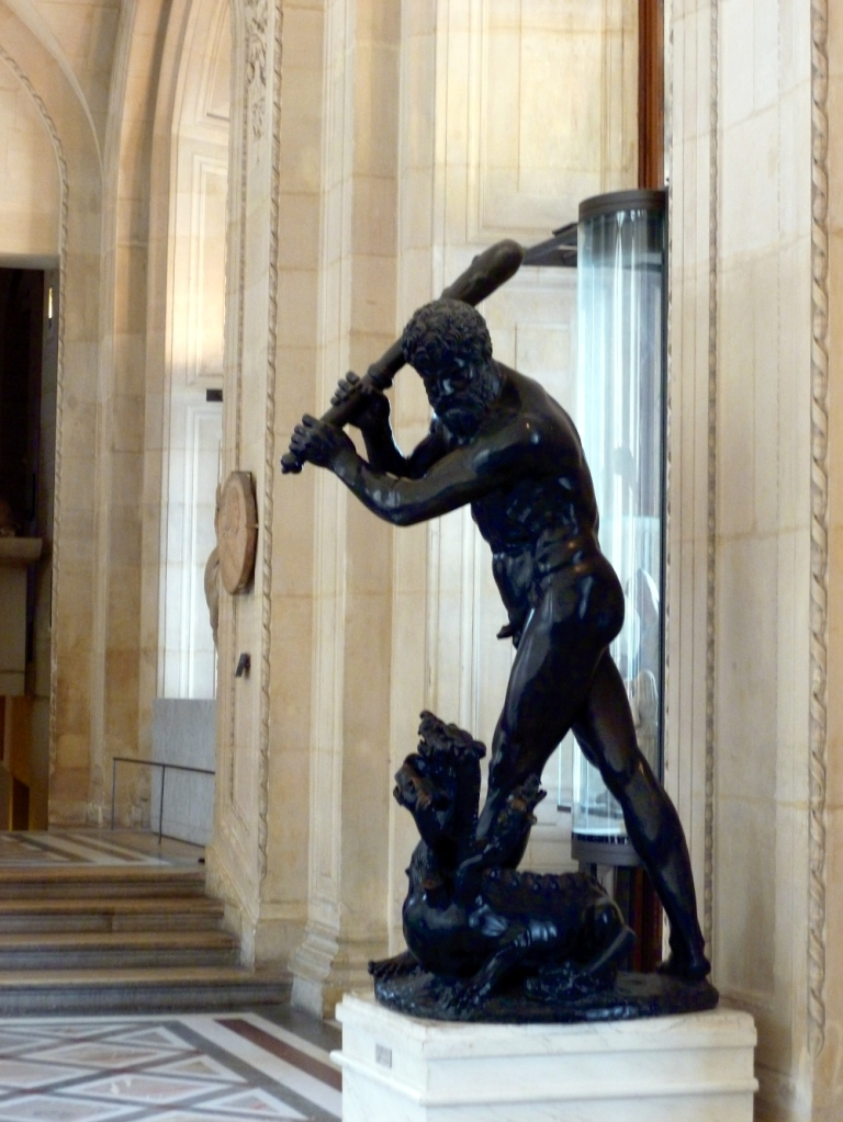 The sculpture room 4