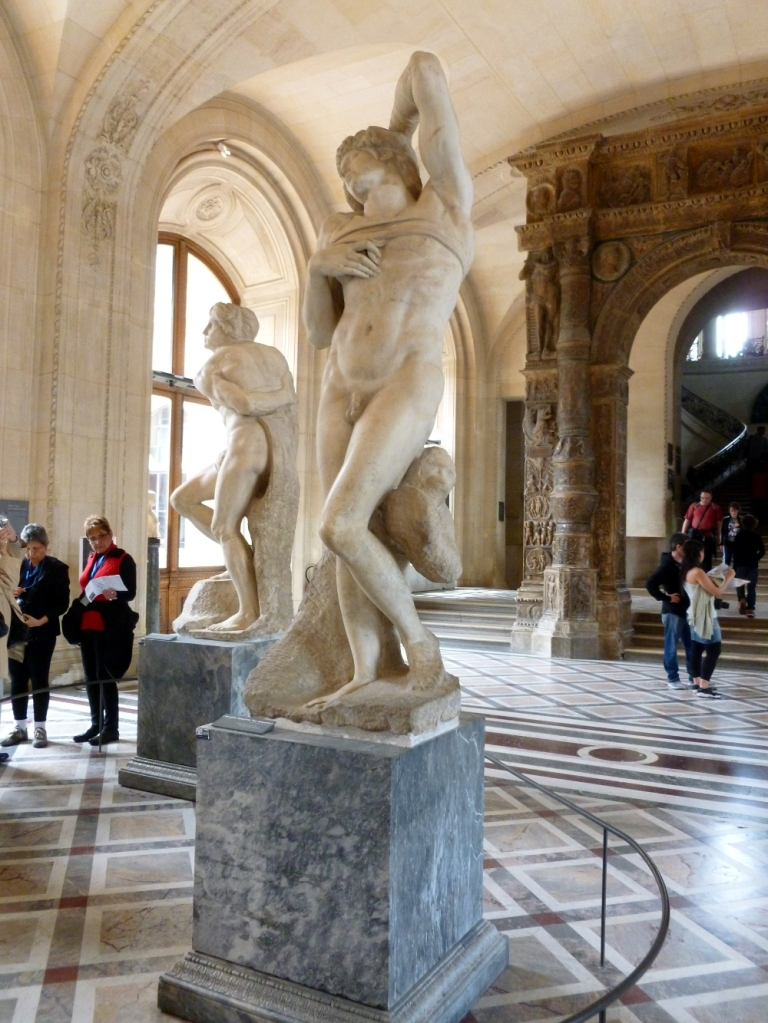 The sculpture room 5