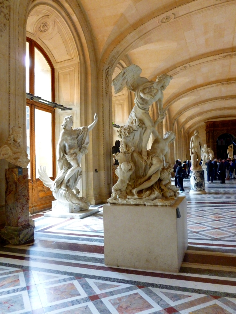 The sculpture room 6