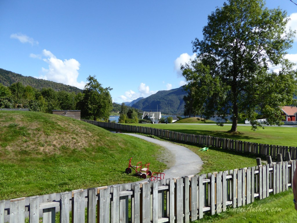 Balestrand-Fjordland-Norway-12