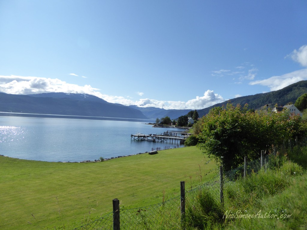 Balestrand-Fjordland-Norway-14