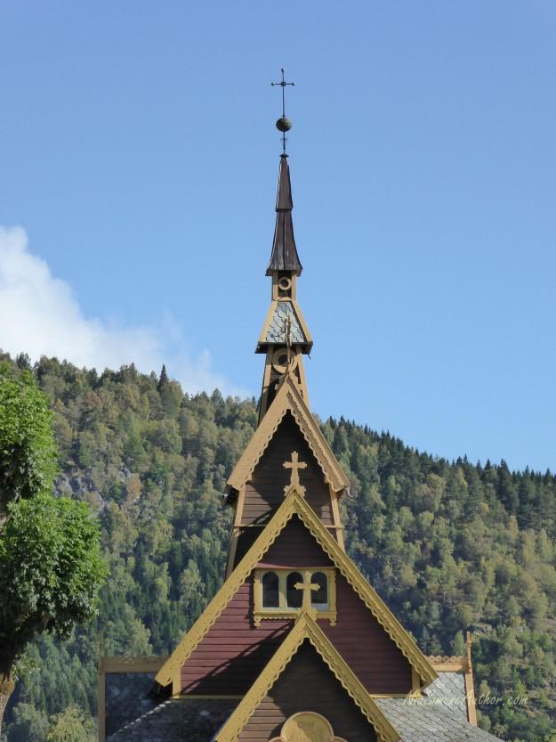 Balestrand-Fjordland-Norway-15
