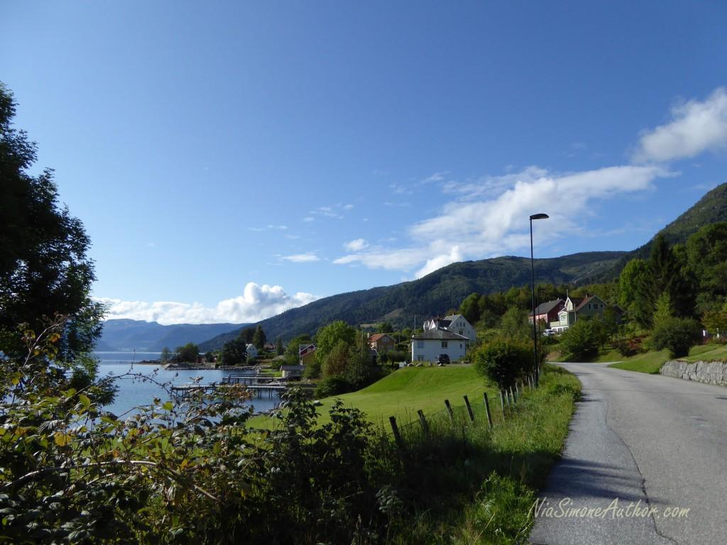 Balestrand-Fjordland-Norway-17