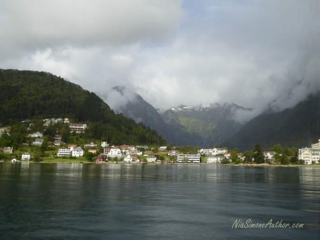 Balestrand-Fjordland-Norway-3