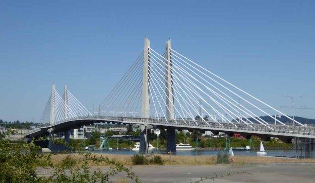 Tilikum Crossing, Portland