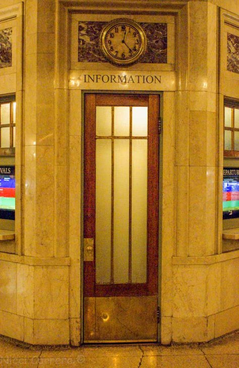 An old-fashioned info booth with modern displays, Grand Central Station